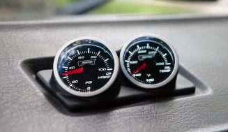ROLE OF OIL PRESSURE GAUGES