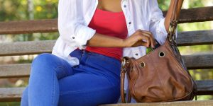 know about a woman's purse